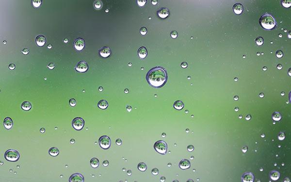 DIY raindrop photography