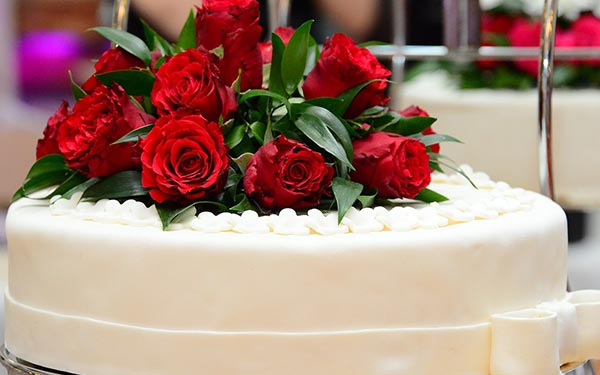 Planning for your wedding ordering your cake